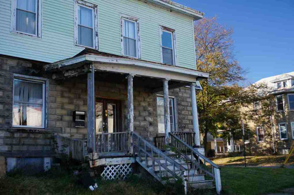 43 Beacon St Newburgh NY FOR SALE MLS# 4442421