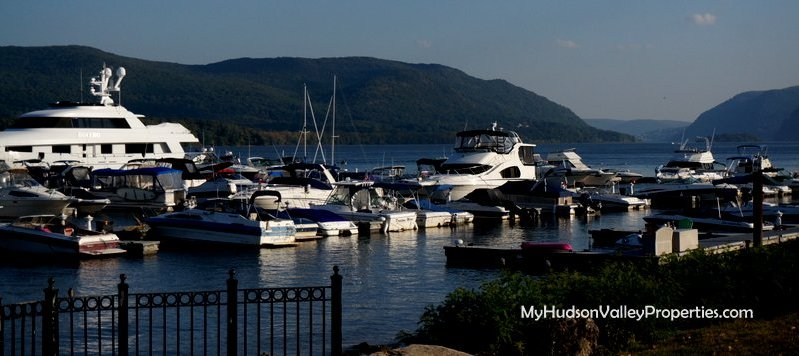Newburgh Ny Waterfront Restaurants Where To Eat On The