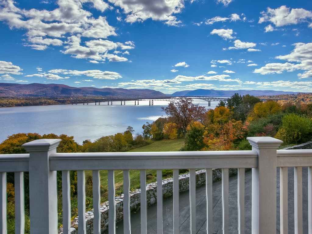 Susan Drive Town of Newburgh NY Views of the Hudson